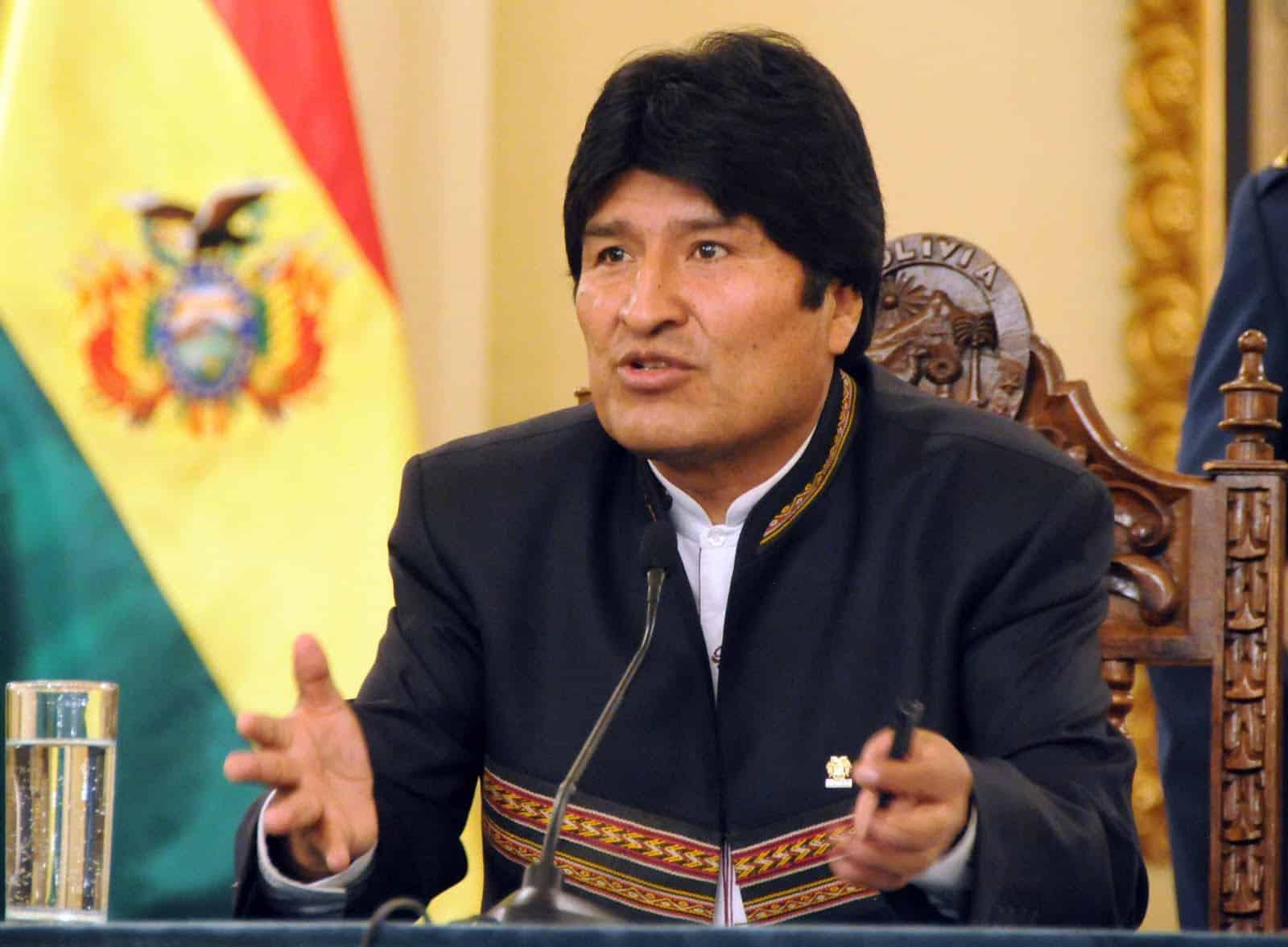 Presidente Evo Morales se disculpa tras broma a su Ministra de Salud