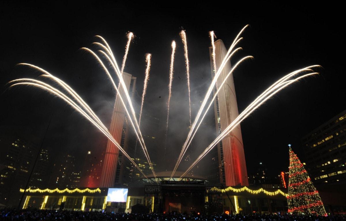 Se inician actividades navideñas en Toronto