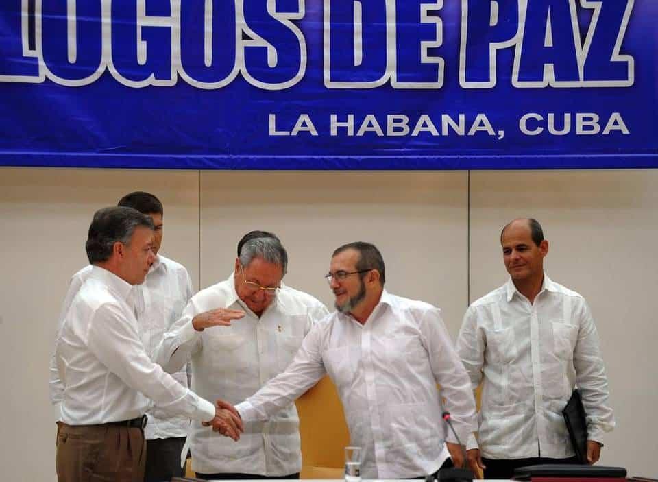 En La Habana Firman histórico acuerdo entre las FARC-EP y gobierno de Colombia