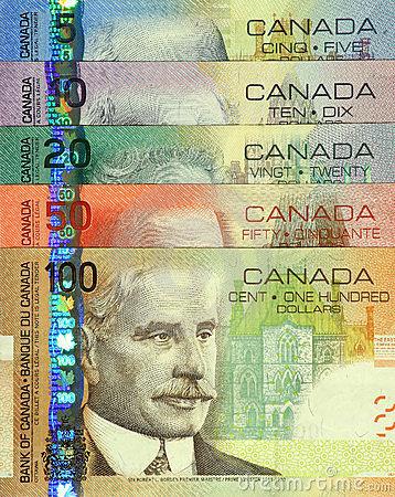 En promedio, los inmigrantes ganan $32.000 al año en Canadá