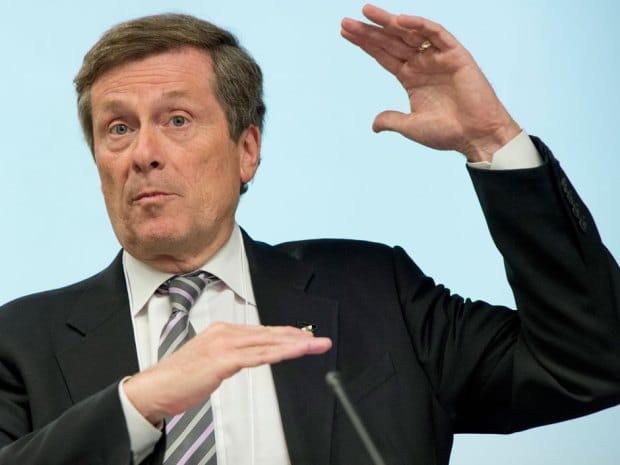 Alcalde de Toronto propone subir impuesto de propiedad