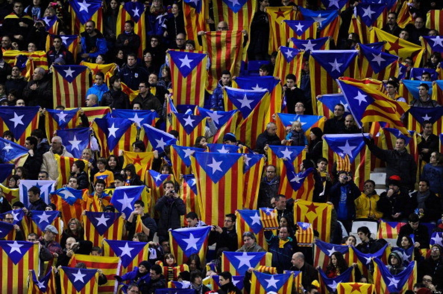 Independentistas catalanes inician trámites de leyes de desconexión de España