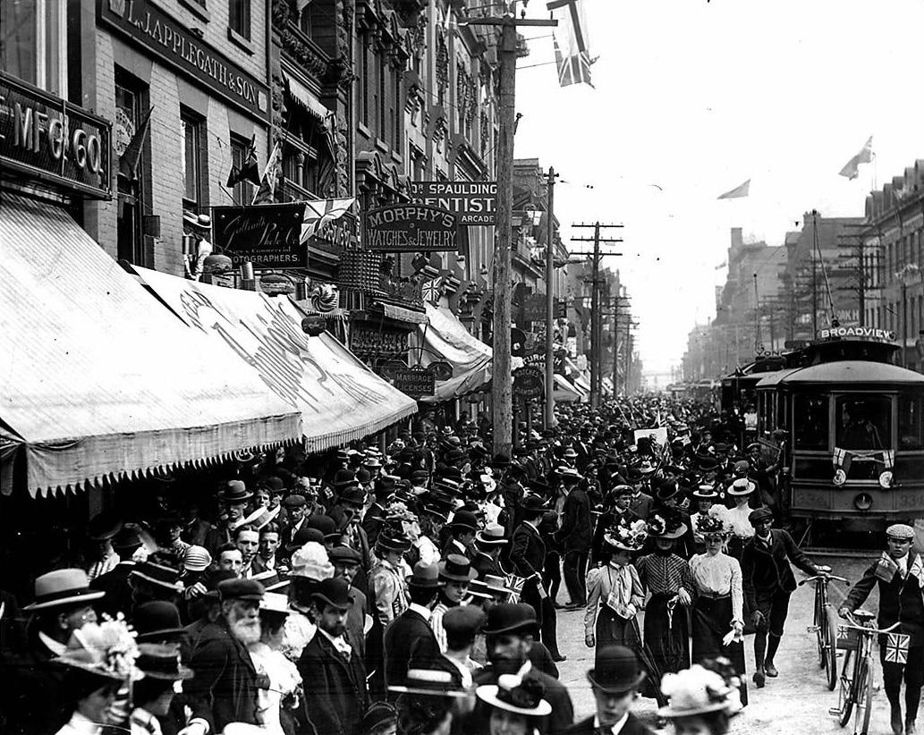 Toronto cumple 182 años