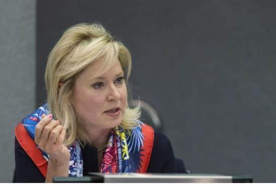 Alcaldesa de Mississauga propone