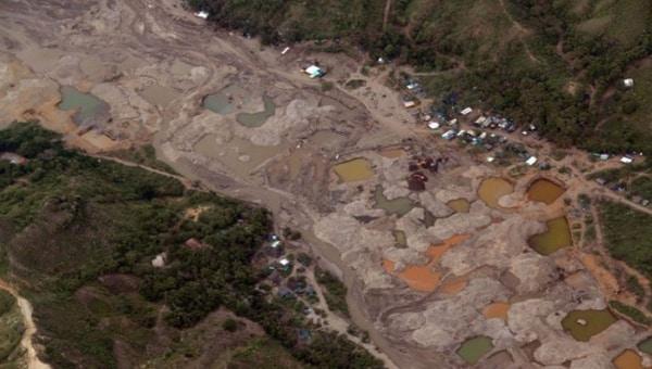 Posibles responsables de la desaparición de rios en Colombia