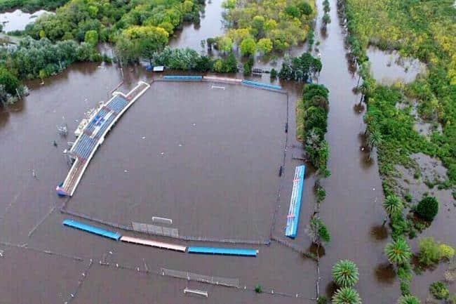 Tornado e inundaciones dejan trágico balance en Uruguay