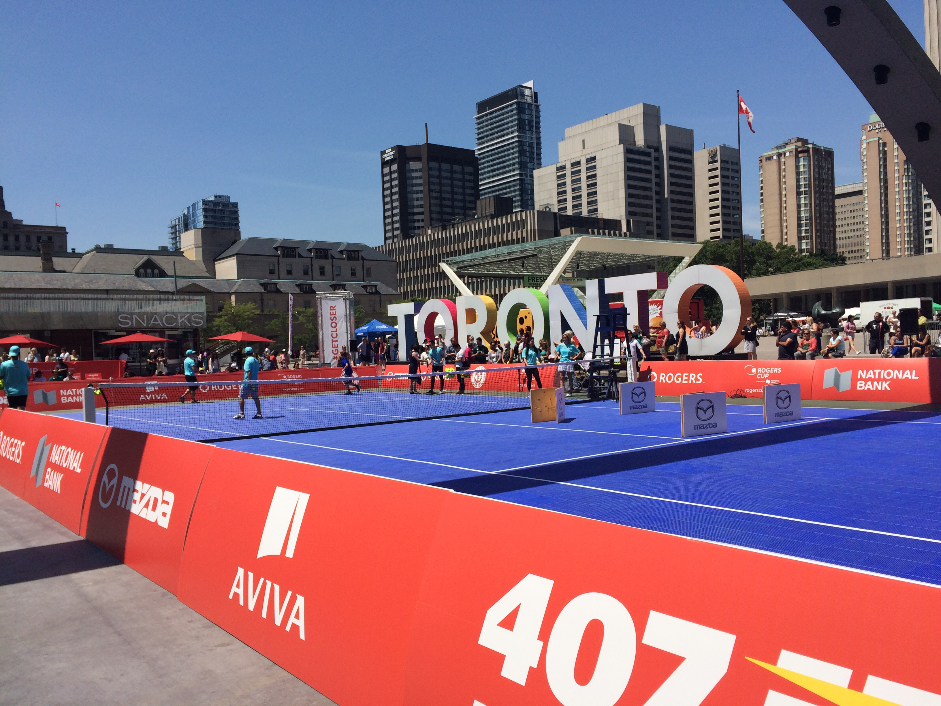 Exhibición en City Hall por Rogers Cup