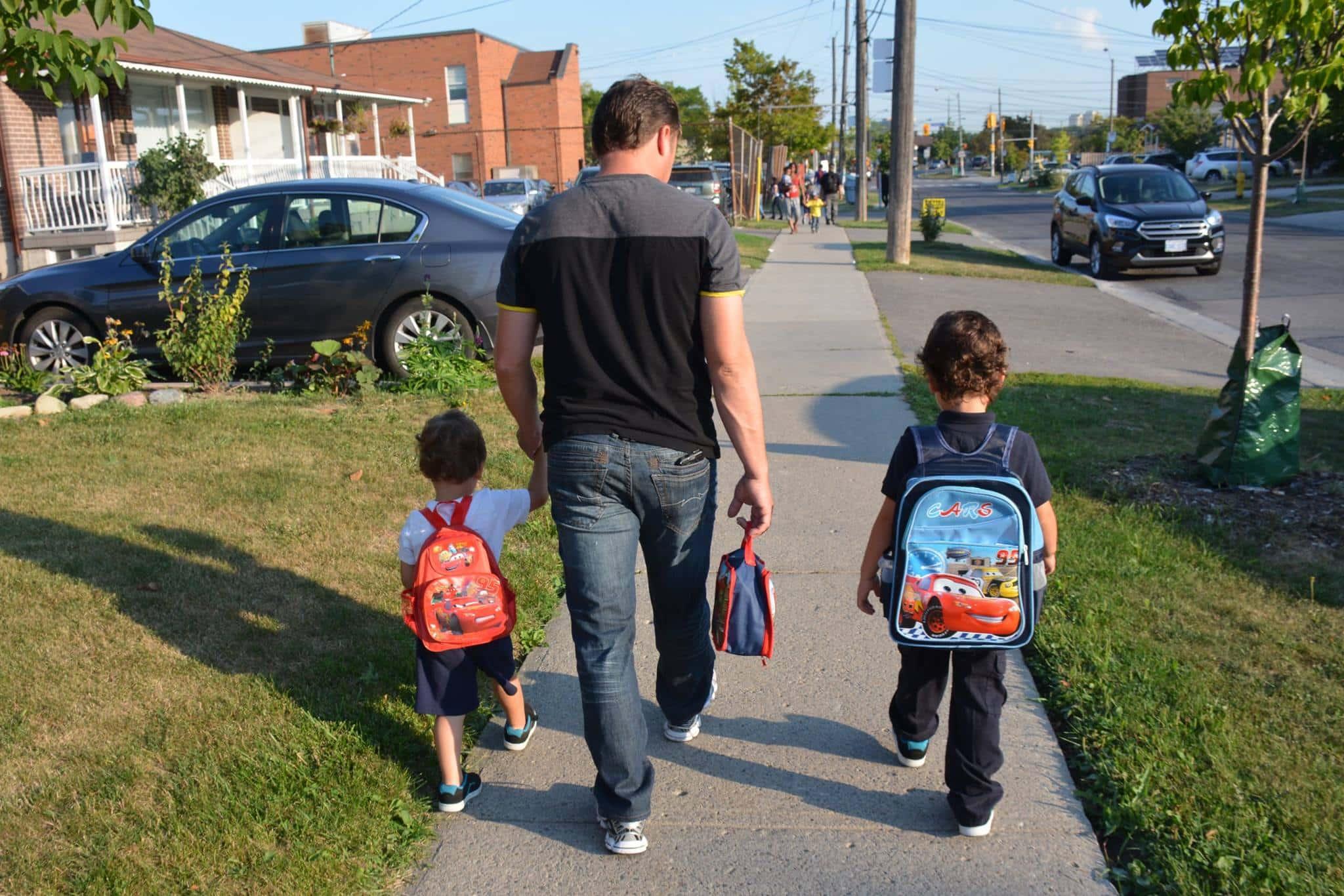 Miles de niños comienzan su vida escolar en Canadá