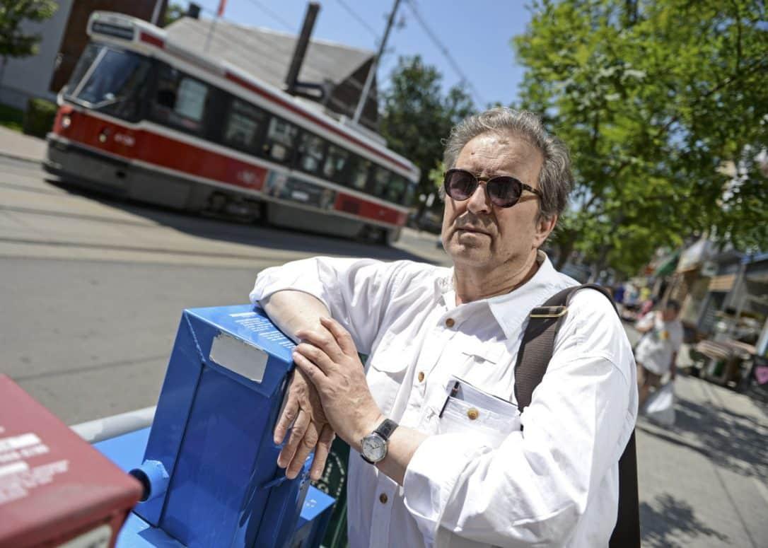 Joe Fiorito destacado escritor y productor de radio, descansa su pluma como columnista del periodico Toronto Star