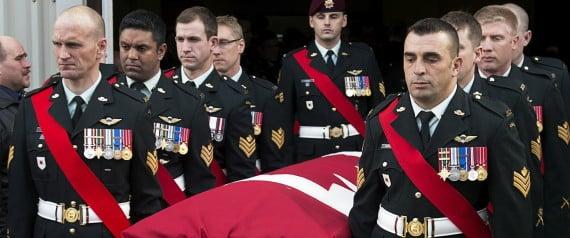 Soldados canadienses en roles de combate tienen alto riesgo de cometer suicidios, señala informe