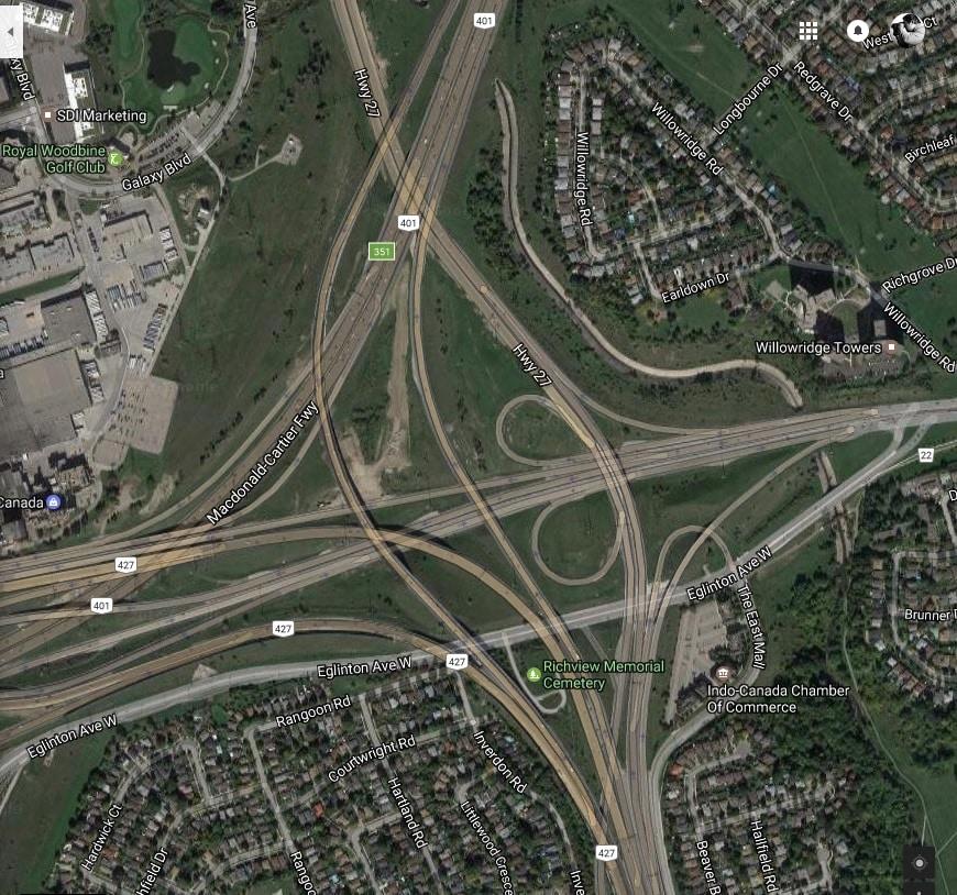 Intersección de autopistas 401 y 427 calificada como