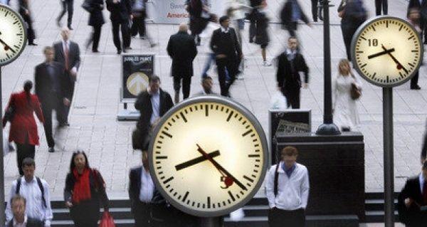 Experimento sueco de reducir jornada laboral a 6 horas da resultados, señala publicación