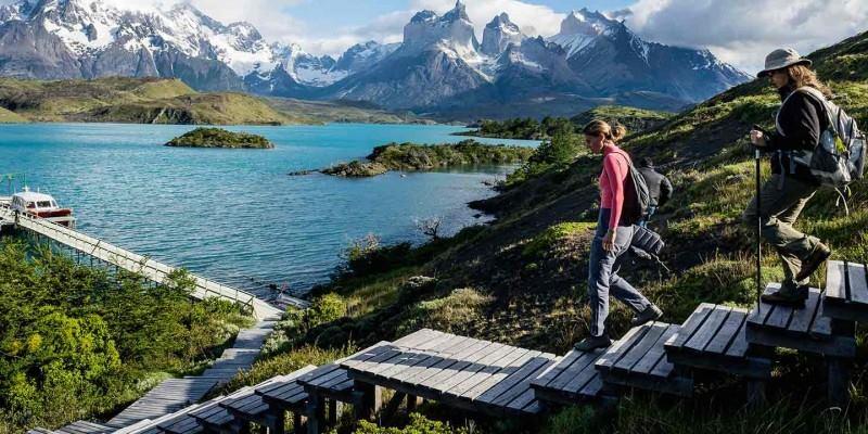 Presidenta de Chile firma creación de red de Parques Nacionales de la Patagonia