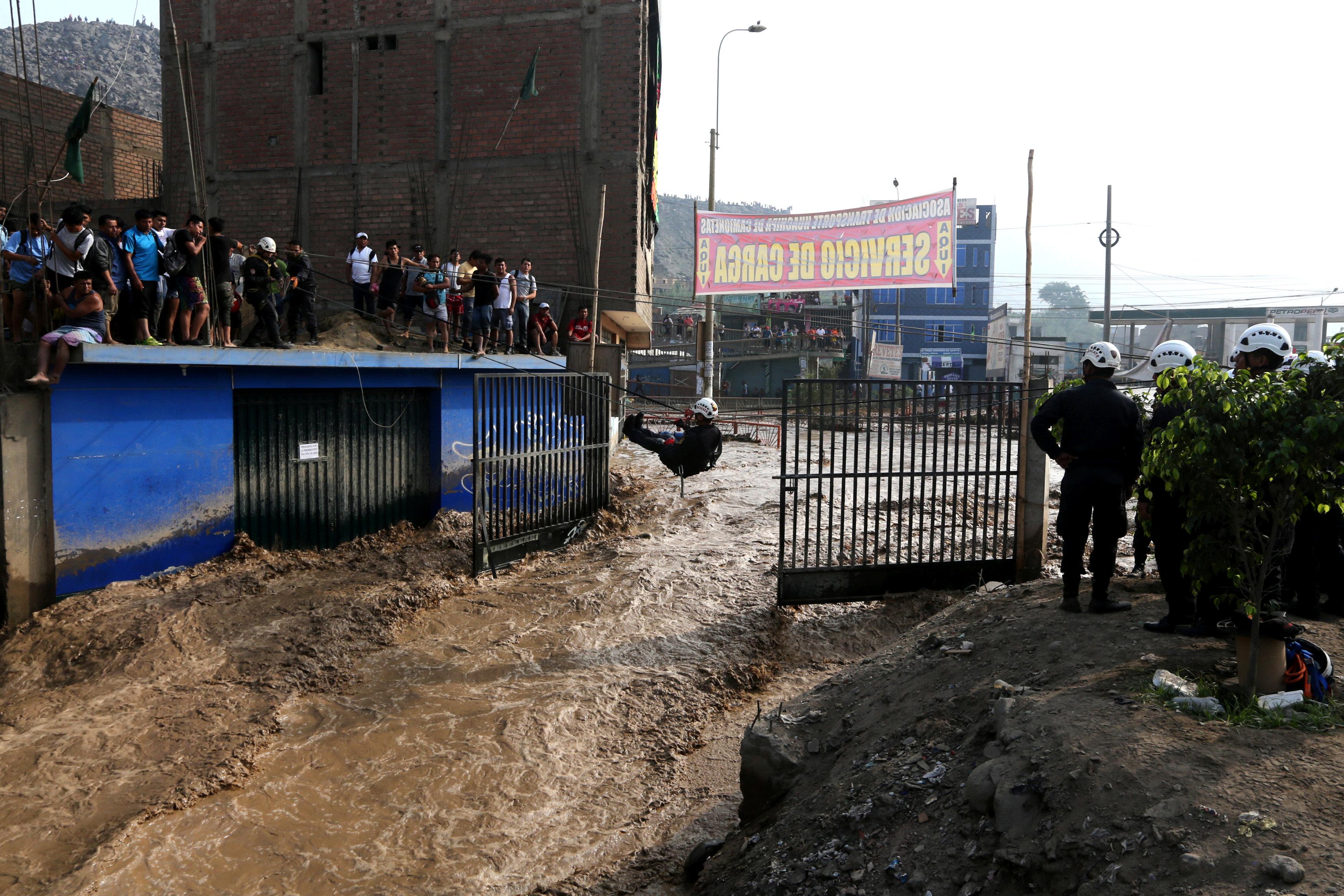 Perú: Crisis de agua en la capital tras inundaciones