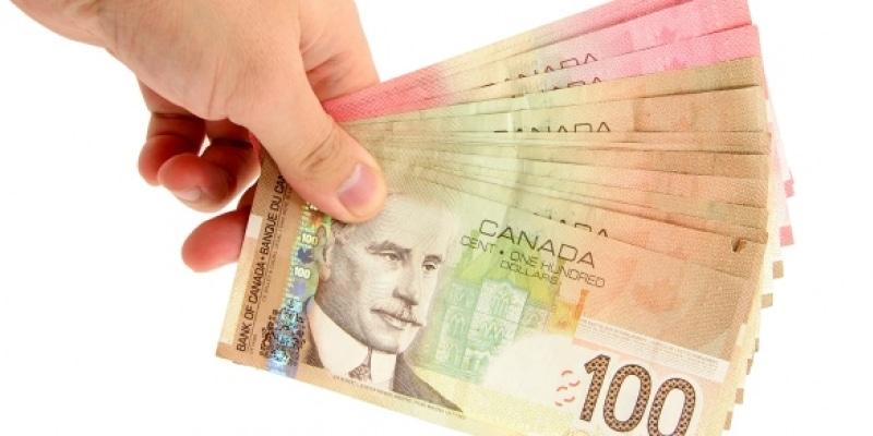 Ontario implantará nuevo plan de sueldos básicos para familias de bajos ingresos