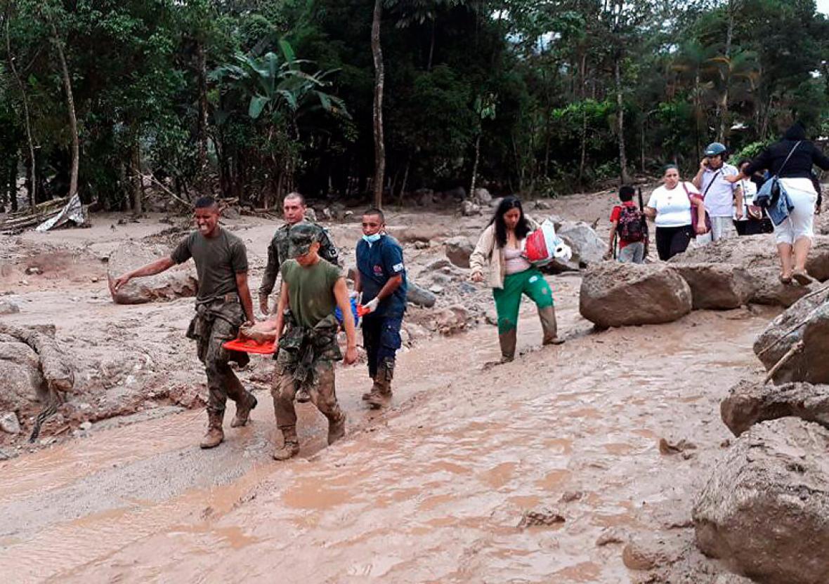Colombia: Cifra de fallecidos por inundaciones y aludes en Mocoa sube a 254