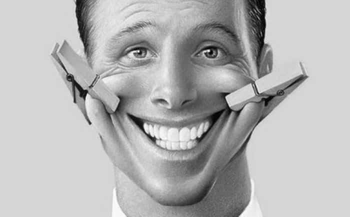 Existen 19 tipos de sonrisas, de las cuales sólo 6 representan a un buen momento, señala estudio