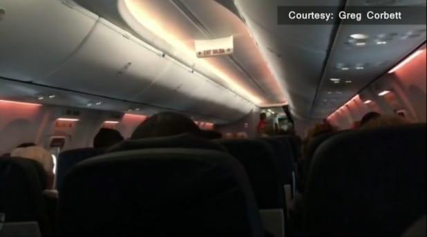 Vuelo se atrasa cuatro horas en Toronto por pasajero con arfectacto falso