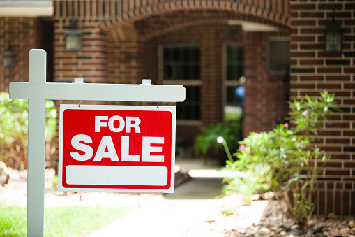 Frenesí de precios de casas en Toronto podría disminuir, señalan expertos