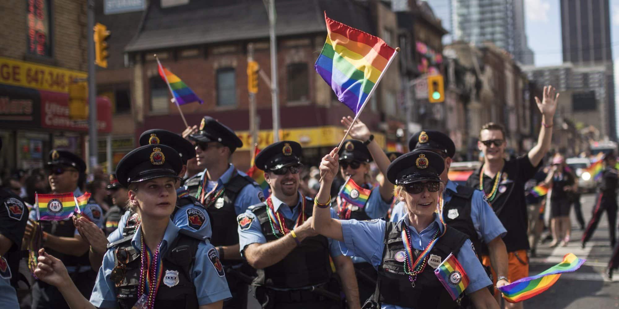 Policía de Toronto es nuevamente bienvenida al