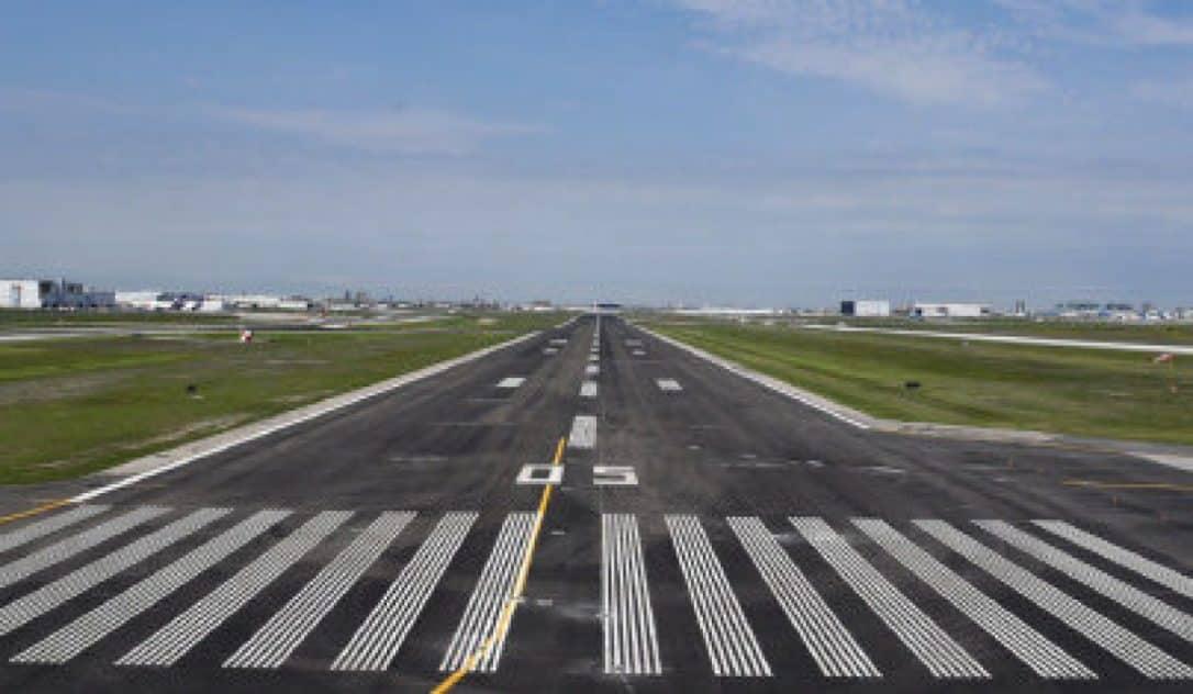 FInalizan nueva pista de aterrizaje en aeropuerto Pearson constituyendo una fase de mas remodelaciones