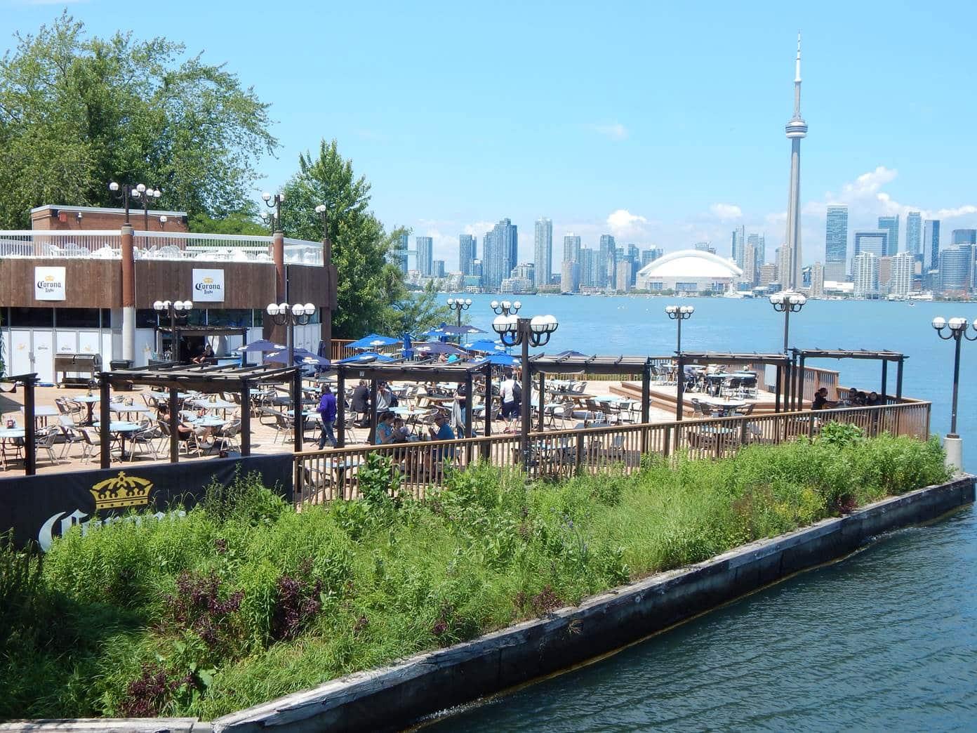 Ante pronóstico de intensas lluvias para la ciudad, planean evacuación de habitantes de la Isla de Toronto