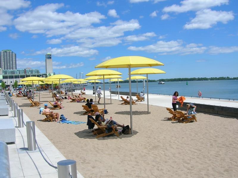 Playas alrededor del Lago Ontario permanecerían cerradas por lluvias