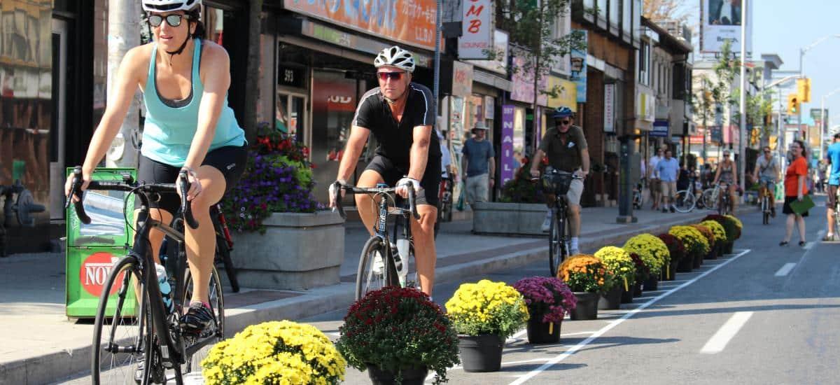 Encuesta de la ciudad indica que una gran mayoría de residentes de Bloor St. apoya las ciclovías en el área.