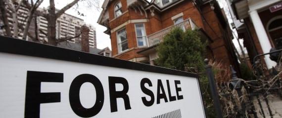 Alza de precios de casas en Toronto llega al 20%