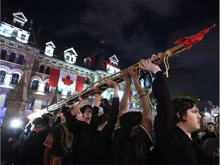 Manifestación de aborígenes en Ottawa deja diez detenidos esta madrugada
