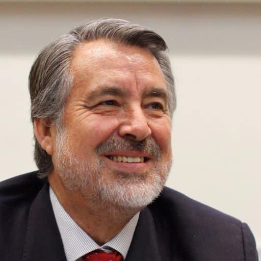 ENTREVISTA PANORAMA: ALEJANDRO GUILLIER