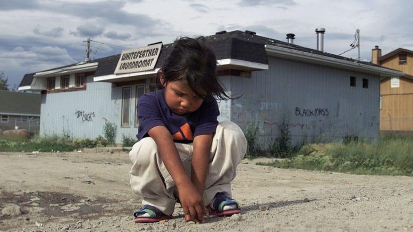 Ontario envía recursos a remota localidad indígena para combatir crisis de suicidios