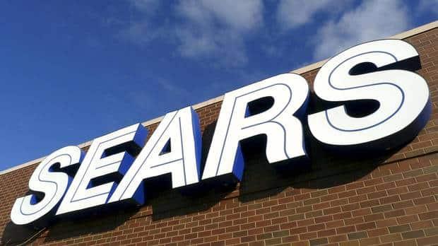 Gerentes de Sears obtendrán millones en bonos mientras que trabajadores se irán sin indemnización tras cierre de empresa