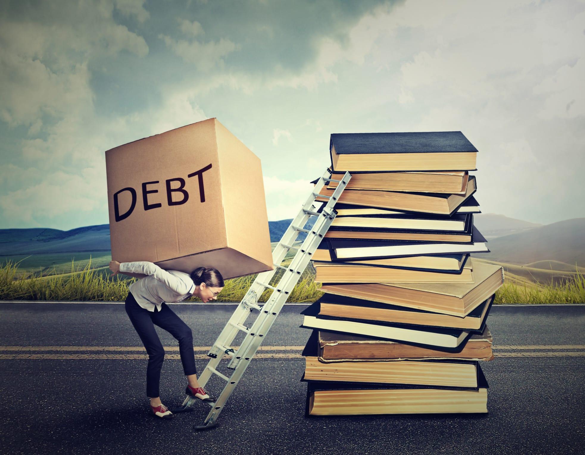Expertos advierten sobre planificar mejor las deudas de estudios