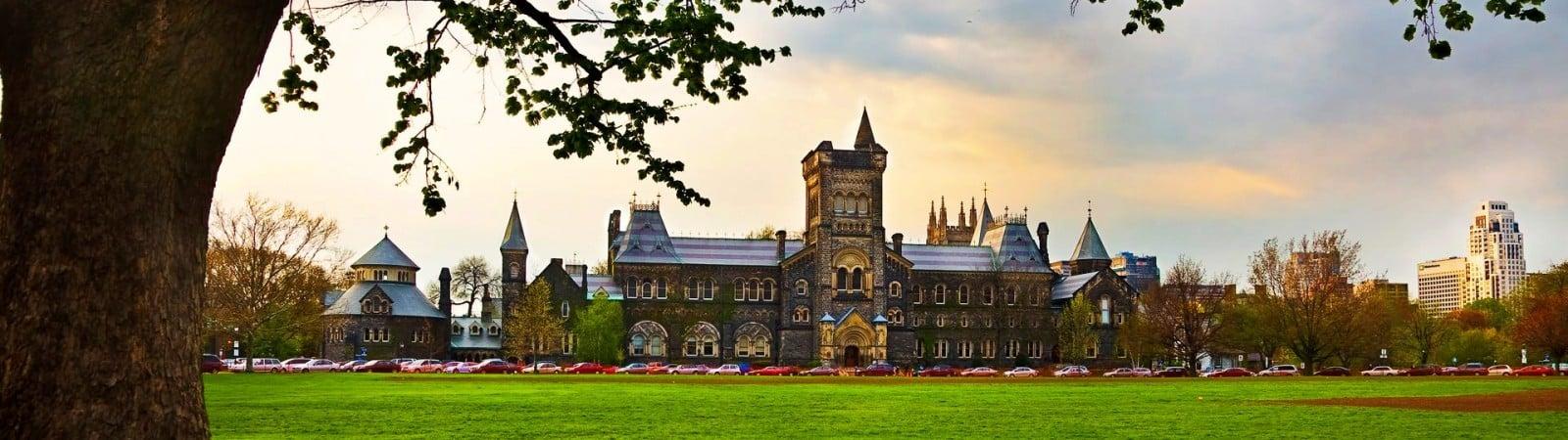 Matrículas universitarias de Canadá aumentan un 3.1%