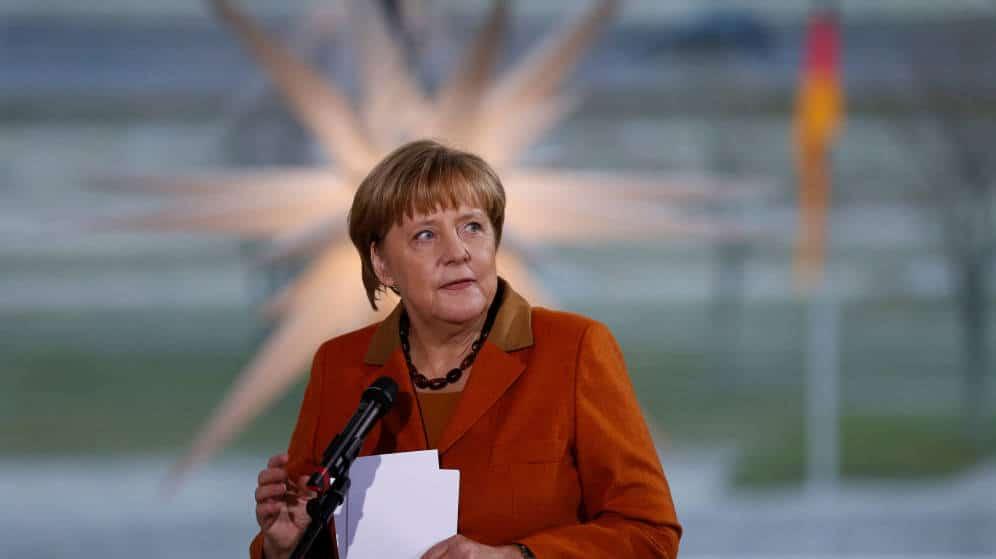 Merkel logra imponerse en elecciones en Alemania pero enfrenta alza de la ultra derecha
