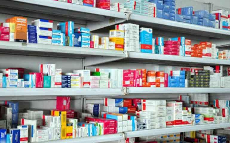 Sindicatos piden Plan de medicinas gratuitas para todos los canadienses