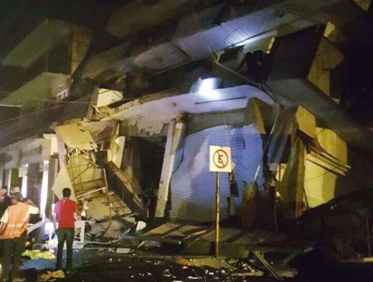 México es sacudido por el terremoto de mayor magnitud en 100 años