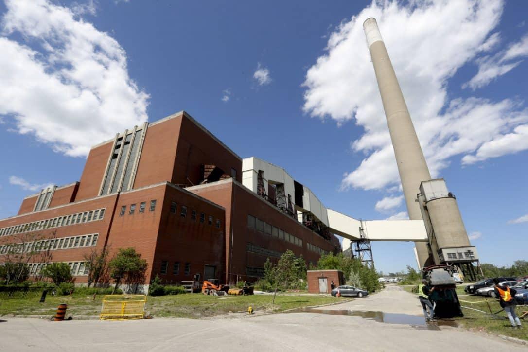 Antigua planta de energía ubicada en el este de Toronto sería puesta a la venta al mejor postor, medida causa polémica.