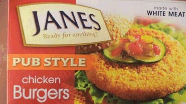 Se retiran productos de pollo por posible contaminación de salmonella.