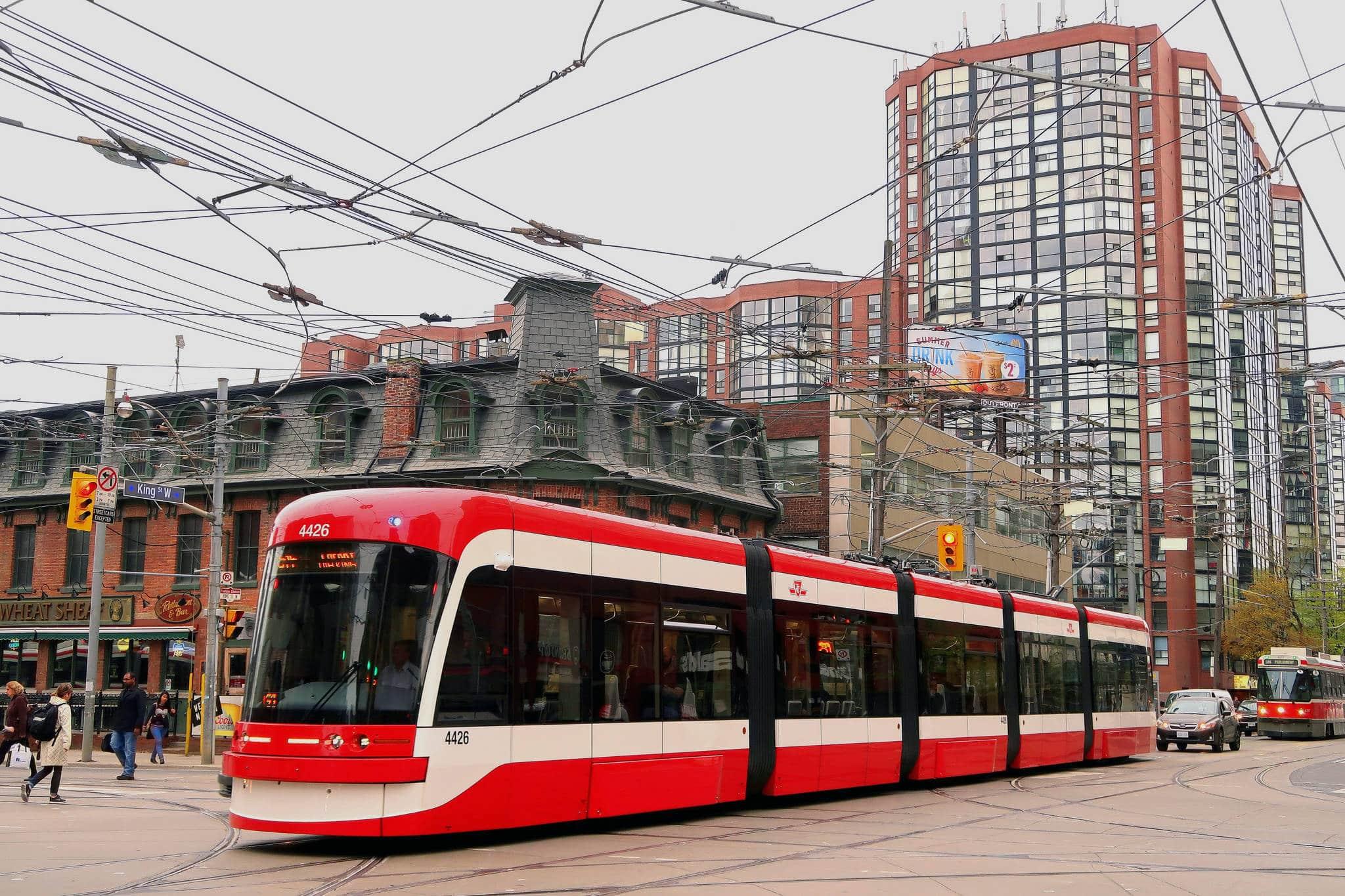 Proyecto de Tranvía de King Street promete descongestionar importante tramo del centro de Toronto