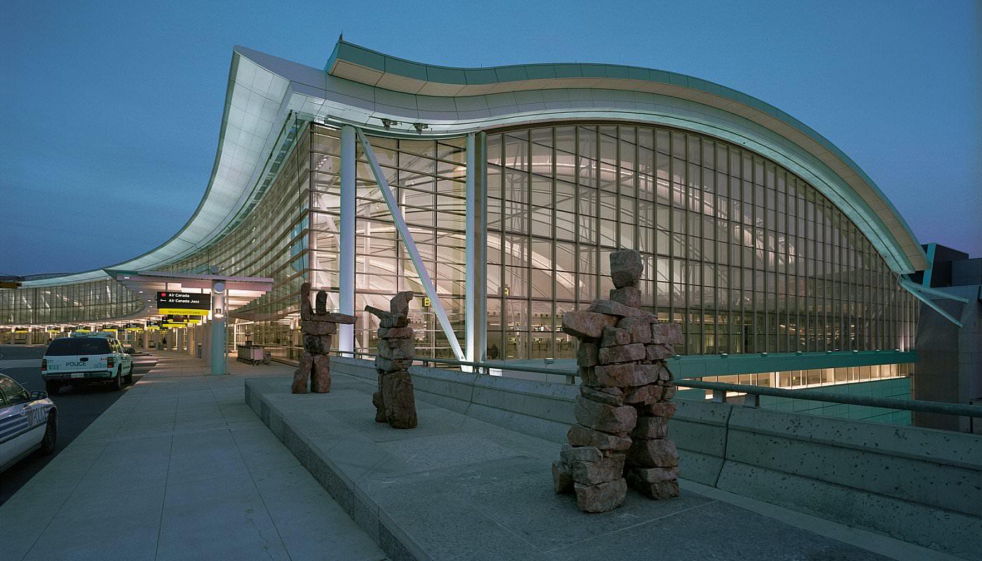 Pearson es el mejor aeropuerto de grandes dimensiones de norteamérica en servicio al cliente, indica estudio