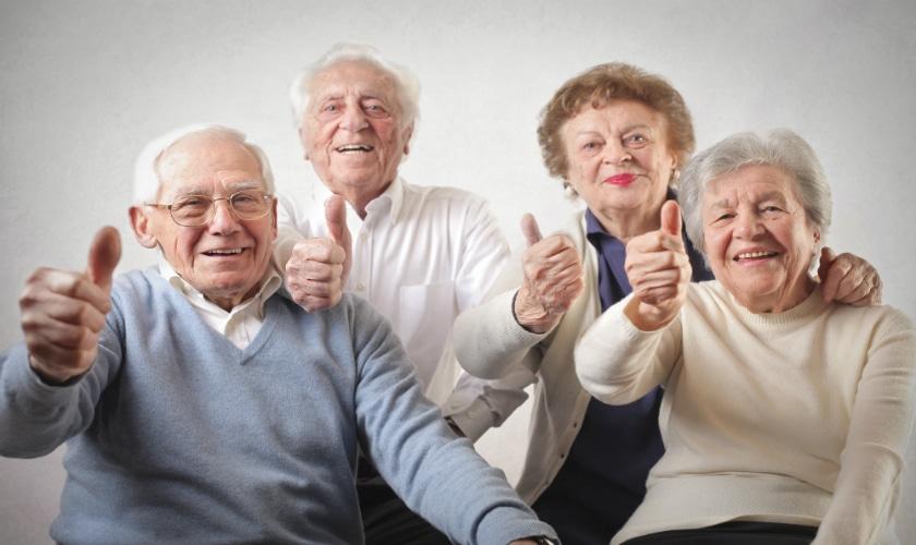 Actitud positiva: la clave para una larga vida indica estudio
