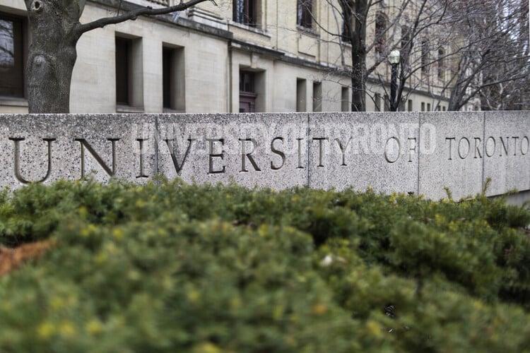 Especialistas de la Universidad de Toronto hablan del Covid-19